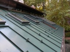 Drexel Metals Forest Green with Snow Guards Roof Panels, Solar Panels, Modern Roof Design, Roof Installation, Cedar Shingles, Construction Types, Roofing Systems, Home Repairs