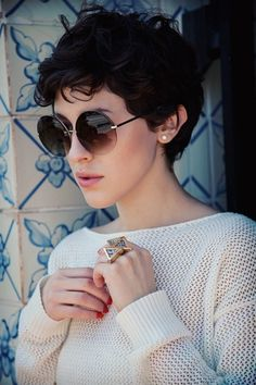 pixie cut for curly hair ~ I know summer is almost over,  but I'm reallllly considering this type of cut.