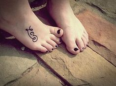 foot tattoos <3