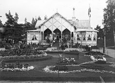 Restaurant at Helsinki Zoo, Korkeasaari (Högholmen) Restaurant History, Map Pictures, Helsinki, Before Us, Old Photos, Finland, Photo And Video, Mansions, Black And White