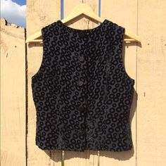 vintage velvet vest • cute & cool little black velvet vest • vintage in excellent condition • buttons down the front • perfect alone as a summer crop top or worn over an oversized t-shirt • women's s/m • Vintage Tops Crop Tops