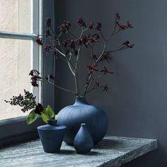 http://leemwonen.nl/interieur-i-inspiratie-binnen-warme-winter-wannahaves/ #winter #musthave #decoration #accessories #interior #interieur #decoratie #accessoires #indigo #blue #blauw #stilllive #stilleven #leemwonen