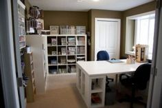 Homeschool room. This is another inspirational room I found while searching online. It's mostly for stamping/scrapping though.
