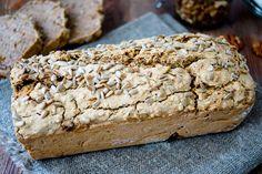 Direkt zum Rezept Dieses Buchweizenbrot ist einfach magisch. Nicht nur die Anhänger glutenfreier Backware können sich freuen, sondern das Brot ist auch noch vegan. Und das Beste dabei: es ist super…