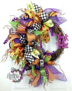 deco-mesh-halloween-wreath-trick-or-treat-1c