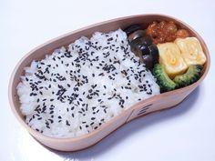2012年09月27日(木) ひよこ豆とかをミートソースで炊いたん,玉子焼き,ゴーヤ炒め,茄子糠漬け,胡麻塩掛けご飯