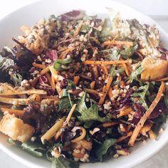 Heya Gorgeous 😍 😍 #beautifulcuisines #food4thought #foodie #foodshare #foodstagram #icapturefood #comfortfood #HealthYeah #healthyeating #foodsforthought #foods4thought #thekitchn @thekitchn #foodphotographer #foodphotography #healthylifestyle #eathealthy #vegan #foodphotographer #veganfoodporn #veganfoodlovers #bestofvegan #whatveganseat #irishfitfam #irlfitfam #tomatoes #mealprep #weekinfood #salad #rainbowfood #color Rainbow Food, Comfortfood, Japchae, Tomatoes, Meal Prep, Healthy Lifestyle, Food Photography, Vegan Recipes, Healthy Eating