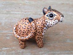 Jaguar: Handmade miniature polymer clay animal por AnimalitoClay