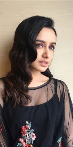 💋 Shraddha Kapoor the Cutest girl Indian Bollywood Actress, Beautiful Bollywood Actress, Most Beautiful Indian Actress, Indian Actresses, Bollywood Heroine, Indian Celebrities, Bollywood Celebrities, Bollywood Images, Prettiest Actresses
