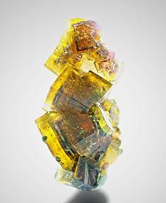 """unearthedgemstones: """"bijoux-et-mineraux: """" Fluorite With Chalcopyrite - Bergmännisch Glück Mine, Frohnau, Erzgebirge, Saxony, Germany """" Wow!"""""""