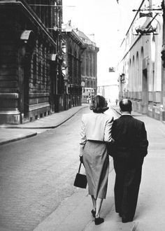 Ingrid Bergman and Alfred Hitchcock strolling through London, 1948