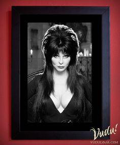 Quadro Universal Monsters - Elvira a Rainha das Trevas