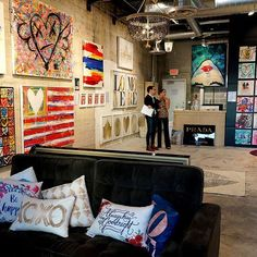 Trunk Sale at our Pop-Up Shop! Come by our boutique for never before seen deals on Oliver Gal art. We are open until 9pm on Thu-Sat - Sale ends 11/17! For Store Info: www.olivergal.miami