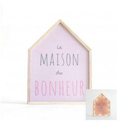 Une maison lumineuse rose pour illuminer et donner de la bonne humeur et une charme à son intérieur.