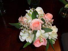 Small rose & alstroemeria bouquet
