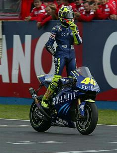 101 Best Thedoctor In 100 Pins Images On Pinterest Vr46 Valentino