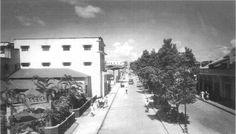 SANTO DOMINGO | Galería de Imágenes del Ayer - Page 56 - SkyscraperCity Avenida Trujillo Valdez (hoy avenida Duarte) esquina Mella, circa 1940. Foto cortesía de Julio Portillo.