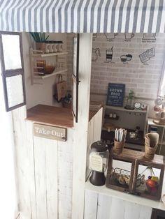 カラーボックス3つを使って簡単おままごとカフェ作り