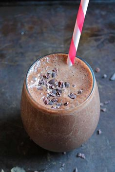 Chocolate Maca Protein Smoothie [Vegan]