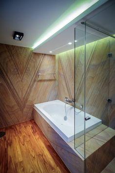 wohnideen badezimmer ohne fenster, badezimmer beleuchtung wandspiegel decke halogen leuchten, Design ideen