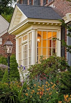 35 Awesome Traditional Cape Cod House Exterior Ideas - Page 31 of 38 Portico Entry, Front Door Entrance, Front Entrances, Front Entry, Entrance Ideas, Door Ideas, Home Door Design, House Design, Sas Entree