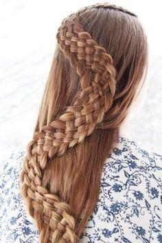 Wonderful snake braid hairstyle on brown hair Half Braided Hairstyles, Braided Hairstyles Tutorials, Pretty Hairstyles, Korean Hairstyles, Teenage Hairstyles, Summer Hairstyles, Snake Braid, Bridesmaid Hair Updo, Types Of Braids