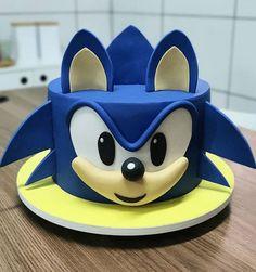 Sonic Birthday Cake, Sonic Birthday Parties, Sonic Party, Birthday Cake Kids Boys, 5th Birthday, Bolo Pikachu, Pikachu Cake, Bolo Sonic, Sonic Cake