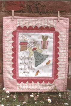 Projeto Hatched and Patched - Birthday Angel - Projetos « True Friends | Quilt | Patchwork | Patchcolagem | Tecidos Importados