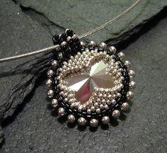 Rivoli Cluster beaded bracelet or pendant / PDF file