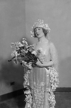 Vintage Wedding gown -- A Lifetime Legacy -- http://ALifetimeLegacy.com