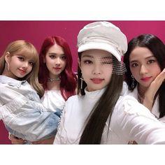 Kpop Girl Groups, Korean Girl Groups, Kpop Girls, Kim Jennie, Yg Entertainment, K Pop, Close Up, Divas, Square Two