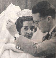 Le roi Baudouin et Fabiola 1960 dans le Paris match décembre N°611 page 67 ( scanner une parti de l'image).