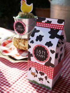 Barnyard Birthday Party Ideas! #barnyard #birthday #party