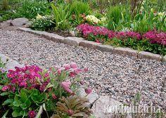 Vanhanajan nupukivistä syntyy tukeva rajaus. Garden Paths, Stepping Stones, Landscape, Outdoor Decor, Flowers, Plants, Home Decor, Gardening, Haku