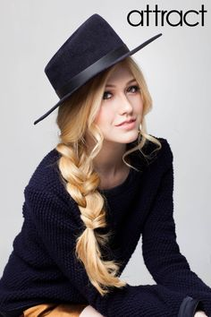 Find images and videos about katherine mcnamara on We Heart It - the app to get lost in what you love. Katherine Mcnamara, Clary Fray, Shadow Hunters, Poses, American Actress, Redheads, Sexy, Hair Cuts, Actresses