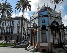 Kiosco modernista en el Parque de San Telmo, Barrio de Triana en la capital grancanaria. En este mismo parque también se encuentra la antigua ermita de San Telmo. Las Palmas de Gran Canaria. Islas Canarias
