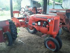 1940's Allis Chalmers C Tractor. Drove this kind today!