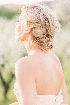 15 Stunning Summer Wedding Hairstyles     StyleCaster