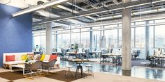 Open office floor plans are widely hated, but companies keep building them. Is it really just employee dissatisfaction, or are there real implications? Open Office Design, Workplace Design, Office Floor Plan, Office Team, Office Seating, Office Setup, Coworking Space, Office Interiors, Interior Office