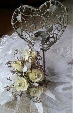 Steely pins & feathers rose corsage #thefloralfairy #ipswichflorist #weddingflowers #corsage