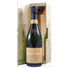 Bring out a perfect bottle of #LlopartLeopardiGranReservaBrutNature for your grand get-together party!