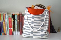 fabric gift bag sewing pattern. easy enough for confident beginners.