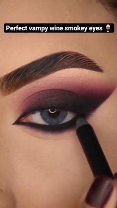 Smoke Eye Makeup, Bold Eye Makeup, Cat Eye Makeup, Kiss Makeup, Beauty Makeup, Eyebrow Makeup Tips, Eye Makeup Steps, Makeup Videos, Creative Makeup