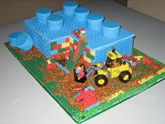 Gateau d'anniversaire en Lego sur Flickr : http://farm5.staticflickr.com/4072/4395480327_e525de4077_b.jpg