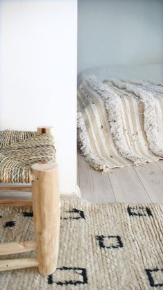Image of Handira Vintage Moroccan Wedding Blanket Handmade Shop, Handmade Rugs, Interior Inspiration, Design Inspiration, Design Ideas, Moroccan Wedding Blanket, Interior And Exterior, Interior Design, Coverlet Bedding