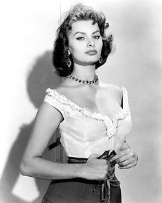 ErikLundegaard.com - Sophia Loren: The Wrong Kind of Sexy