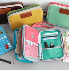 Double Pouch for carrying your planning goodies.