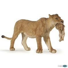 Lioness with Cub figure Papo: Wild Animal Kingdom - Model 50043 | eBay