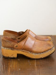 Vintage Leather and Wood Clogs -Mine were navy suede, loved them! Oxfords, Clogs Shoes, Clog Boots, Wooden Clogs, Walk This Way, Vintage Leather, Fashion Shoes, Women's Fashion, Me Too Shoes