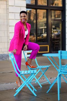 Make bold style moves in the bright suits trend. Bold Fashion, Fashion Colours, Colorful Fashion, Bright Winter Outfits, Colourful Outfits, Bright Spring, Color Blocking Outfits, Magenta, Thrift Fashion